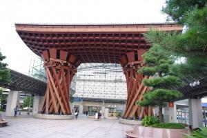 金沢駅近く