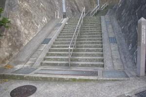 1話で出てきた階段?