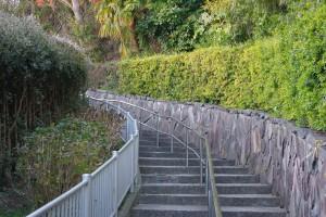公園近くの階段